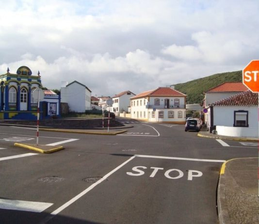 cruzamento na ilha Terceira