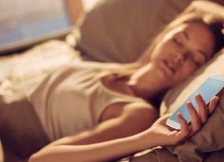 dormes com o telemóvel