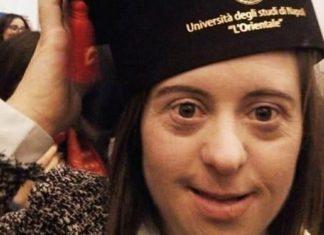 Jovem com síndrome de Down termina licenciatura