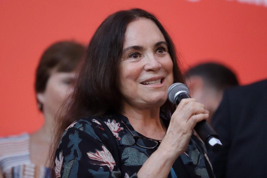 Regina Duarte duramente criticada