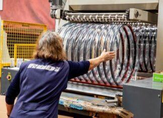 Empresa portuguesa sobe salário mínimo